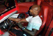 Mayweather Buys A Brand New Bugatti