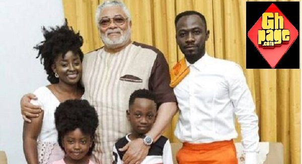 Former President Rawlings AndaSmiling Family Of Okyeame Kwame In A Lovely Shot