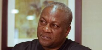 """Mahama consoles Bukom Banku tells him to """"Better luck next time"""" after defeating to Bastie"""
