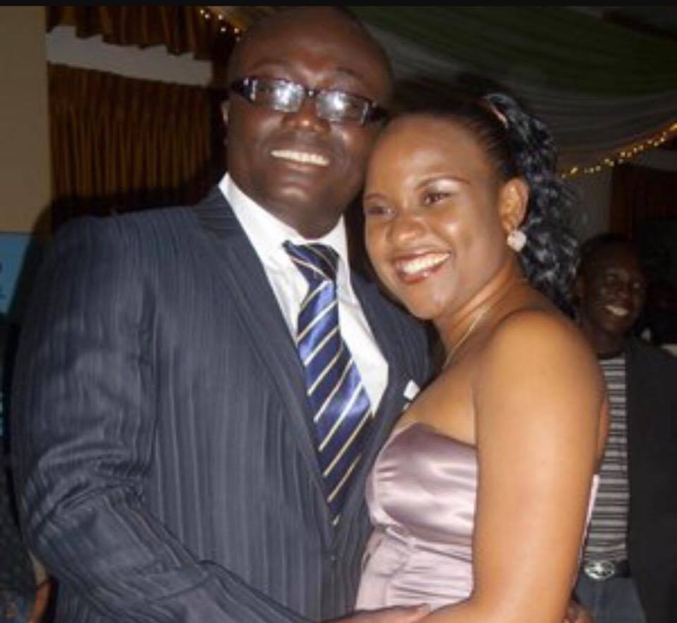 See Photos Of The Beautiful Wife Of Bola Ray | She Is ...