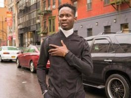 Mr Eazi say he rejected $6000 a month salary job for music and this was his reasons