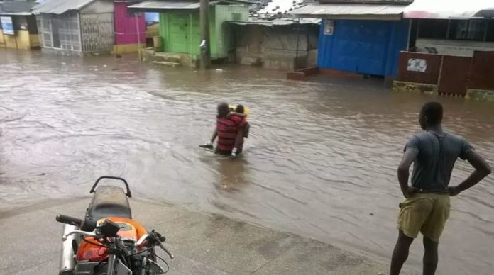 Photos/Videos: Early morning rains flood some parts of Accra, Kumasi