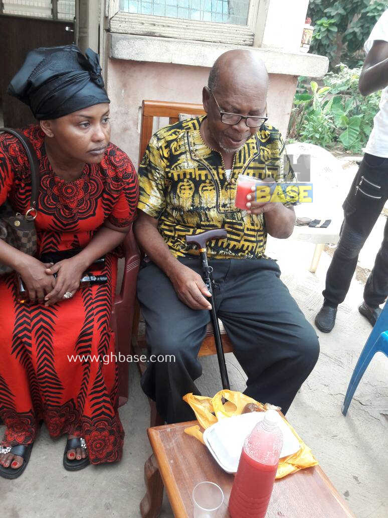 Kumawood Stars Make Donation To Ailing Veteran Actor King Aboagye Brenya