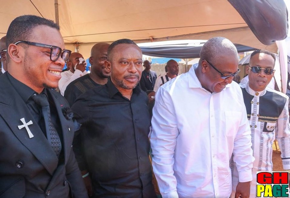 Photos: Mahama, Obinim, Owusu Bempah spotted hanging out at Daniel Kobi's funeral