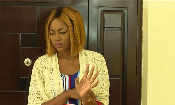 Video: Yvonne Nelson Weeps At 2017 Efya 'Girl Talk Concert'