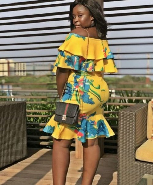 Fans cheer Maame Serwaa over her latest 'no make-up photo' and this could get Don Little jealous