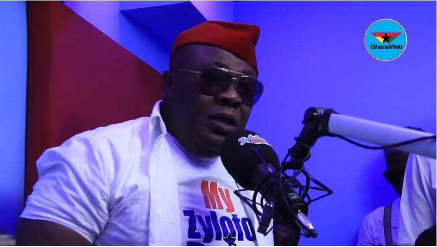 Security Officers At Zylofon FM 'Throws Out' Panelist From Their Studios For Criticizing BullDog's Fierce Conduct(VIDEO)