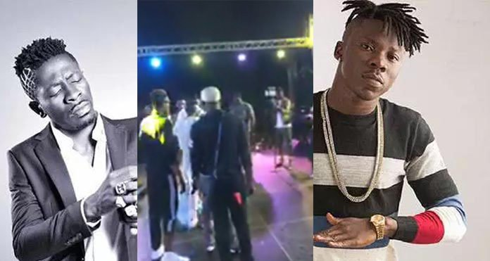 Video: Watch what happened when Shatta Wale tried to perform his diss song to Stonebwoy at Zylofon Cash Activation Concert in Aflao