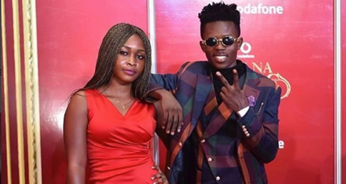Rapper Strongman Makes Appearance on VGMA Red Carpet With Girlfriend
