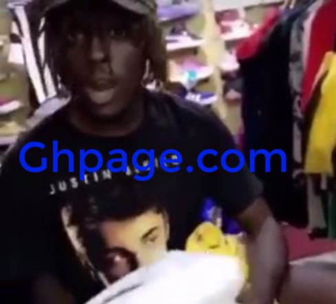 Video+Photos: UCC Student Caught Stealing From A Boutique Owned By HipHop Rapper Kofi Mole