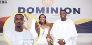 John Dumelo shows off his father (Photo)