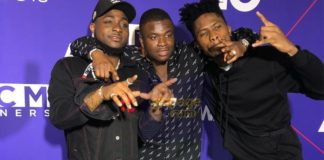 Kwesi Arthur hangs out with Davido, Big Shaq and others on the BET red carpet