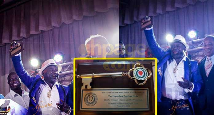 Amakye Dede receives key to the City of Worcester
