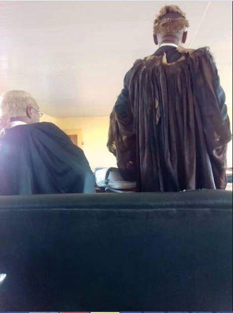 Photos of senior lawyer who wore torn 'robe and wig' to court causes stir online