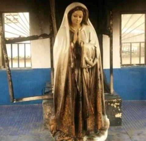 Photo Mary's statue ablaze