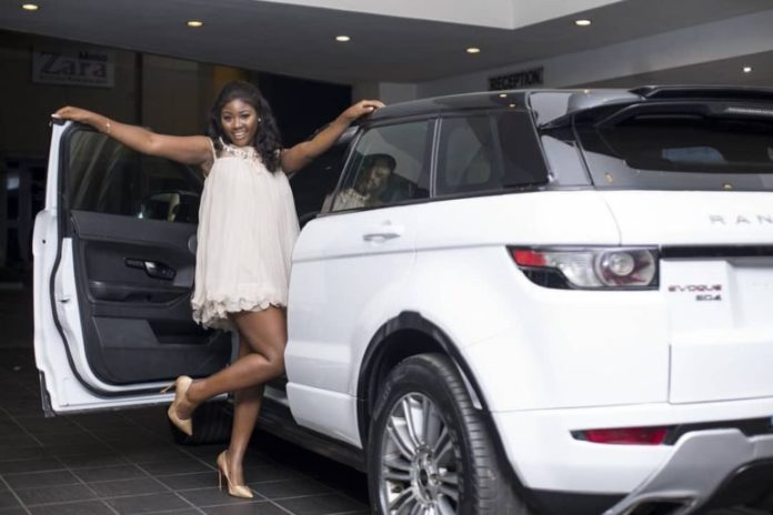 15 Ghanaian Celebrities Who Obtained New Cars In 2018