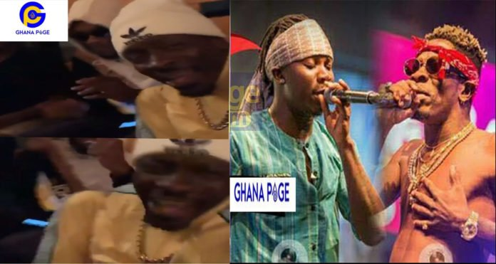 "Shatta Wale Stonebwoy 696x371 - Shatta Wale and Church jam to Stonebwoy's ""Kpoo K3k3"" song"