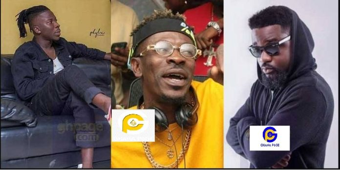 Shatta Wale 'absurdly' insults fans of Sarkodie and Stonebwoy