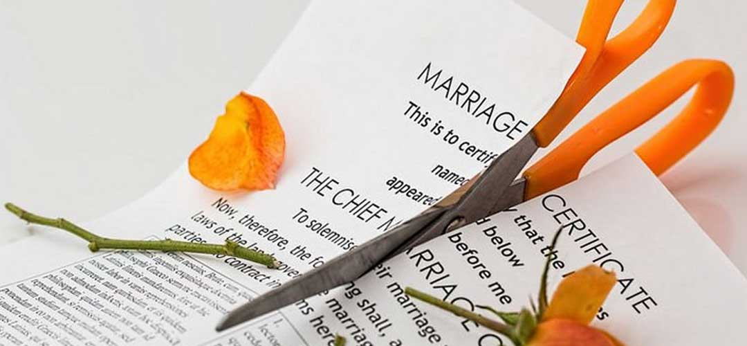 Couples divorce just 3 minutes after getting married