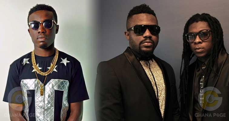 """Criss Waddle offers to buy R2Bees' """"Site 15"""" album for $25,000"""