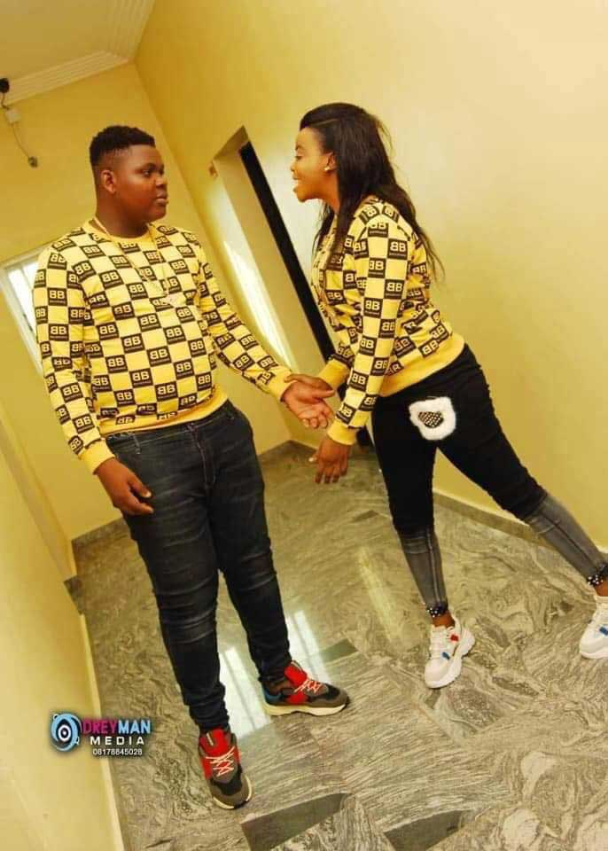 Sdj Teeman Sakawa boy - Nigerian big boy Sdj Teeman caught with a heap of used sanitary pads