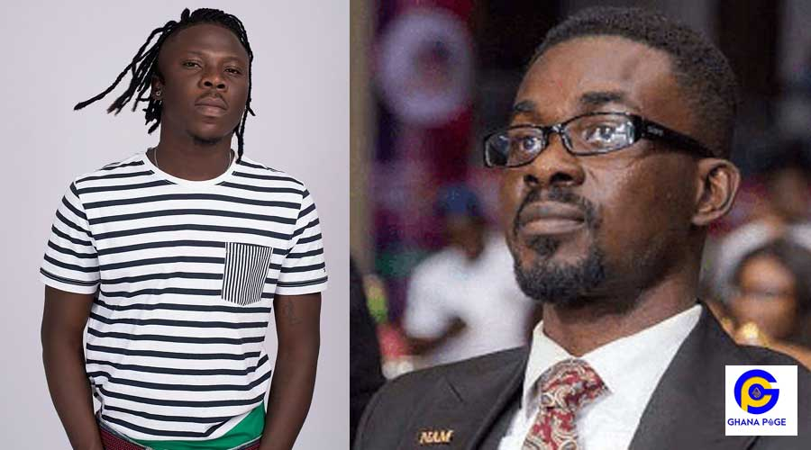 STONEBWOY NAM1 - Menzgold was working well until government stepped in – Stonebwoy