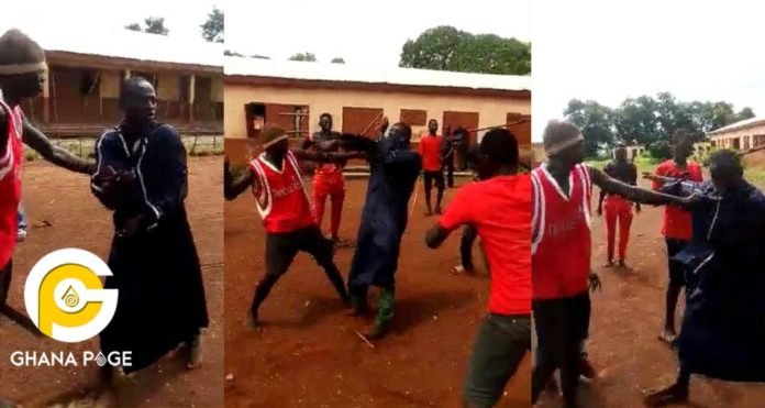 Angry Mob beat fake Facebook Mallam over GH¢600 in Northern Region [Video]