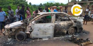 E/R: Goat thief who killed two men escaping has been burnt alive in a car by angry mob in [Photos]