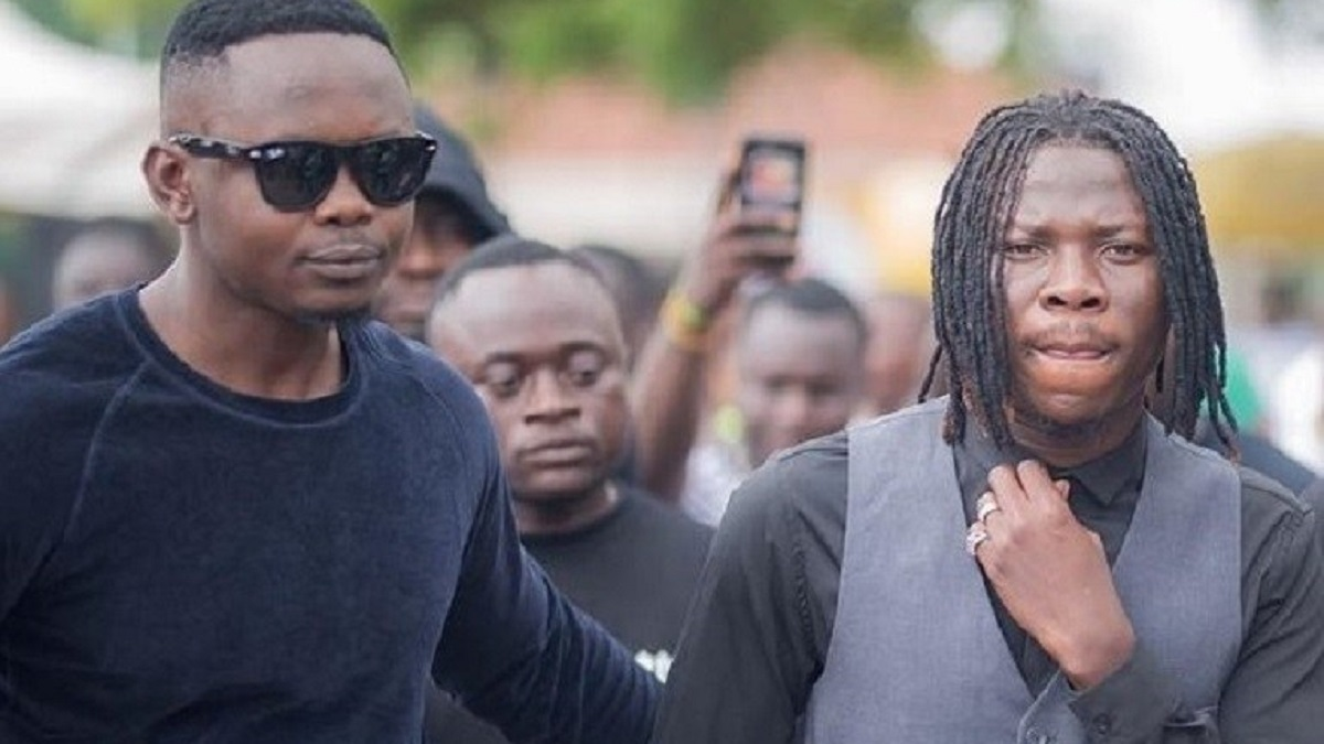 Blakk Cedi is no longer my manager – Stonebwoy finally admits
