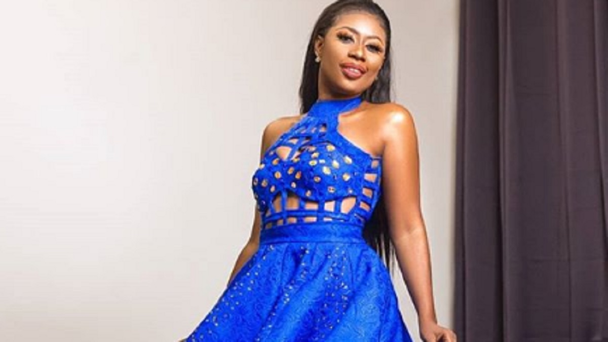 Selly Galley celebrates birthday with dazzling photos