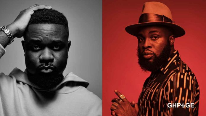 Sarkodie-advises-fans-who-are-weighing-his-bars-against-M.anifest-on-'Brown-Paper-Bag