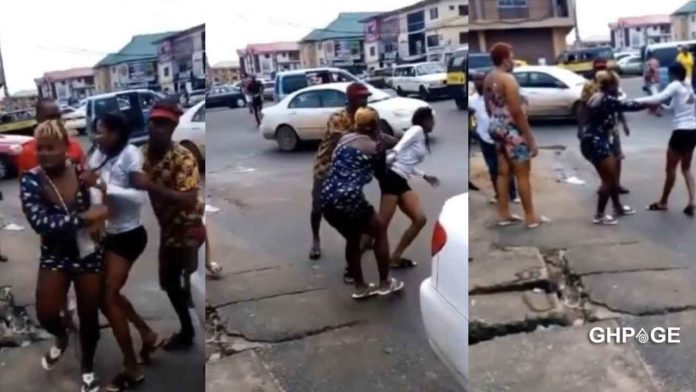 Beautiful lady runs mad after dropping from a guy's car