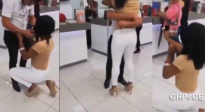 Lady proposes boyfriend