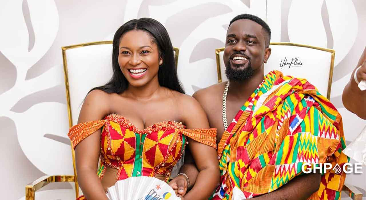 Tracy Sarkcess reacts after her husband Sarkodie asked her to join the silhouette challenge