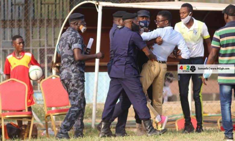 Bizarre scenes in Ghana Football as Premier League Coach Is Busted By Police In A Live Game – Check Details