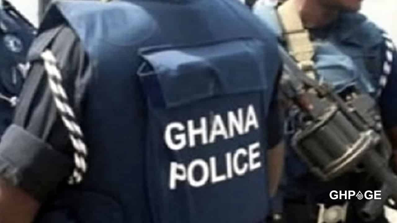 Policeman arrested for leading armed robbery group