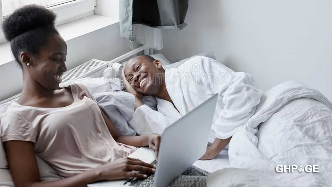 Young guys are sleeping with married women by using juju - Lady